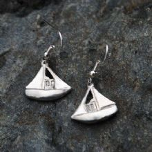 Fishing boat earrings E93